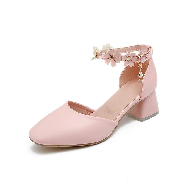 2018 Spring and Summer flowers buckle with size code 31-43 yards Hollow high heel coarse heel sandals Tide 18414
