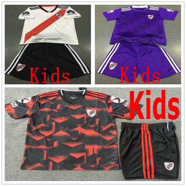 18 19 River Plate Enfants Costume Maillot De Football ORTEGA BALANTA CAVENAGHI VANGIONI PONAIO MARTINEZ PEREZ Driussi Custom