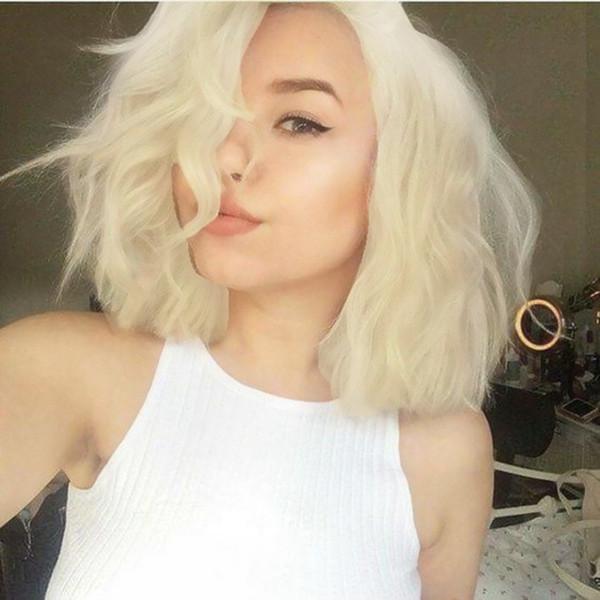 Nouveau Bob Lace Front perruque courte Platinum Blonde Wavy Lace Synthétique Cheveux Complet Perruque 180% Densité Résistant À La Chaleur Fibre Cheveux Parting Libre