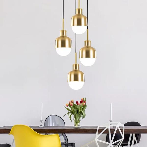 Lámpara de luz colgante minimalista moderna Decoración de ropa de techo nórdico Lámpara de bola de acrílico para sala de estar Dormitorio Comedor