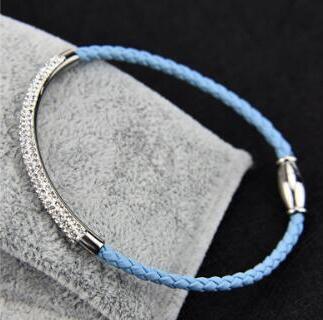 Hellblau Leder
