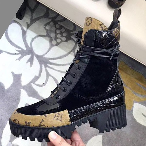 Womens Ankle Boots Chunky Heel Fashion Shoes Laureate Platform Desert Boot 2019 Womens Footwears Botas de mujer with Original Box Fast Ship