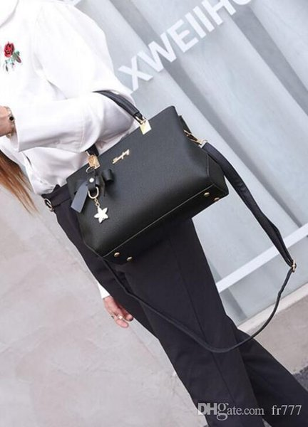 Europe 2018 luxury s women bags handbag Famous designer handbags Ladies handbag Fashion tote bag women's shop bags backpack Europe Popu