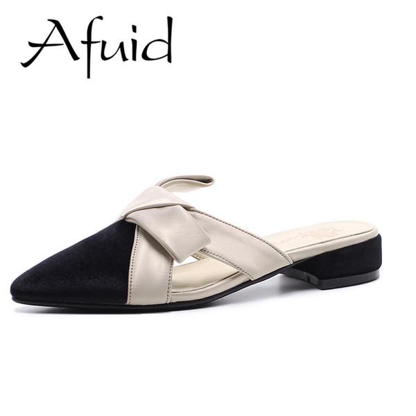 Afuid Schuhe Frauen Sommer Hausschuhe Casual Silk Patchwork Schmetterling Knoten Keile Ferse Spitz Hausschuhe Frauen Große Größe Schuhe