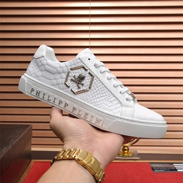 2019 new designer luxury shoes Casual Shoes white women sneakers good embroidery bee cock tiger dog fruit on the side with OG box