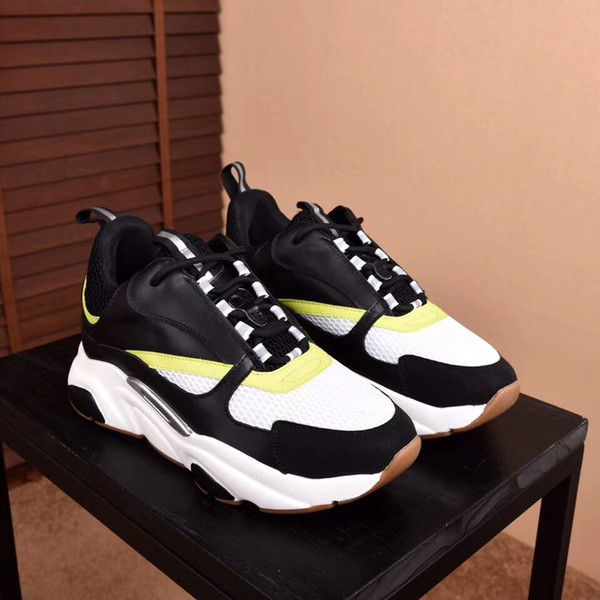 Sapatilhas de velocidade Sapatilhas de Meias De Luxo Sapatilha Trainer Velocidade Meia Corredores de Corrida preto Sapatos men & women new Outdoor sneakers Trainer zx05
