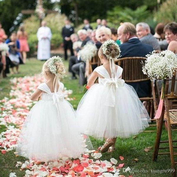 Consideravelmente branco princesa flor menina vestidos para casamentos spaghetti simples vestido de baile vestido pageant menina para o casamento com arco