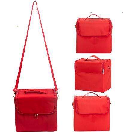 Красный мешок для макияжа