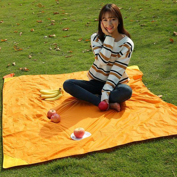 Katlanabilir Katlanır Açık Kamp Mat Taşınabilir Cep Kompakt Moistureproof ped Battaniye Su Geçirmez Sandalye Piknik Mat 4 Renkler
