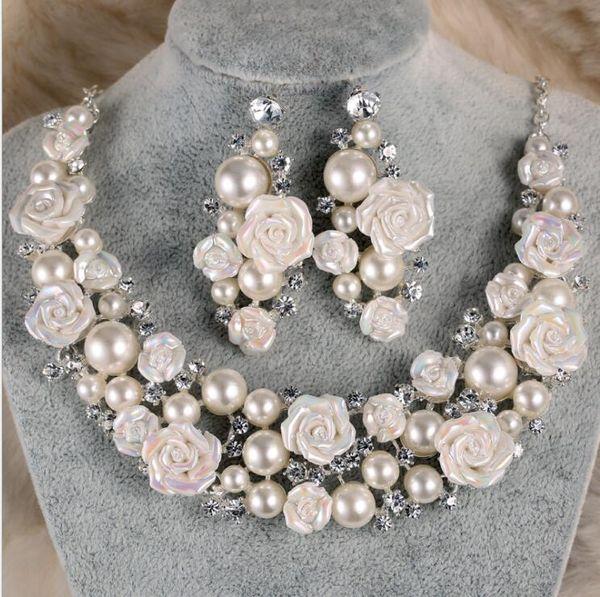Accessori per la sposa Diademi Collana di capelli Orecchini Accessori di nozze Set di gioielli a buon mercato moda stile sposa capelli Pin corona
