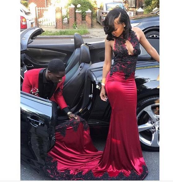 Sexy Wine Red With Black Lace Girls Mermaid Evening Prom Dress Long Keyhole Neck Applique Sheath Long Formal Gowns Pageant Red Carpet Dress