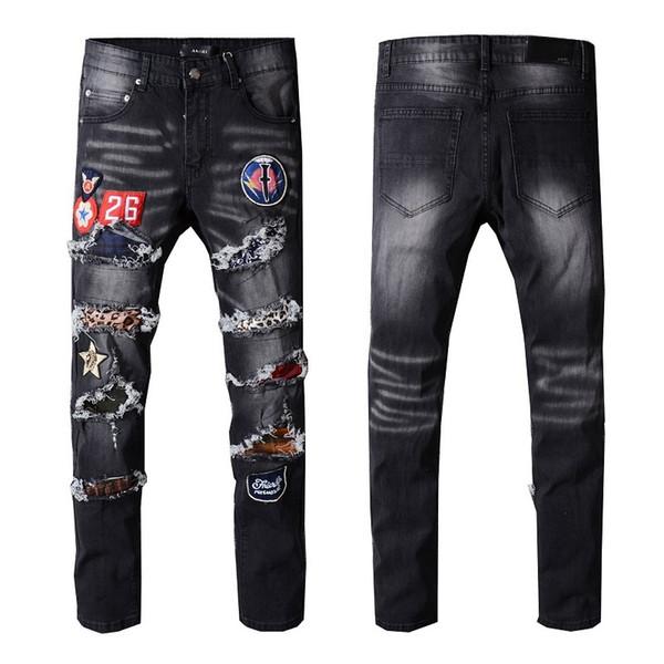 Ceci est très populaire style européen et américain Designer nouvelle petite jambe hommes plissés mode des jeans de 2019