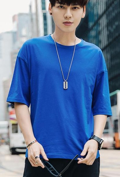 T-shirt male loose short-sleeved simple round neck casual bottoming shirt black five-point sleeve ruilang33
