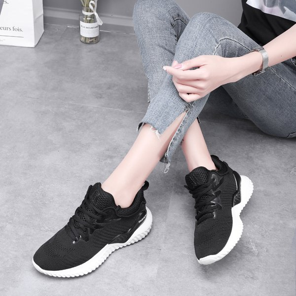 Women Running Shoes Light Breathable Mesh Sport Sneakers Jogging Walking Basket Trainers Ladies Non Slip Durable Athletic Shoes