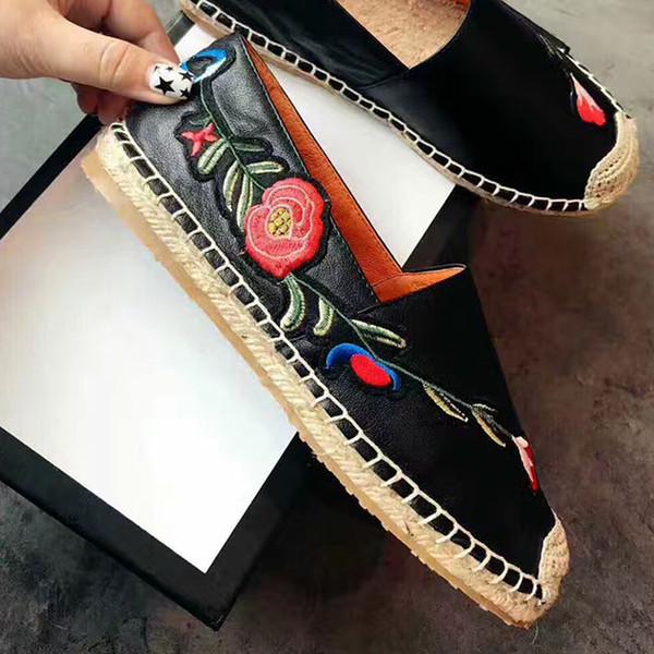 Мода 2019 Классическая женская обувь Рыбацкая трикотажная обувь с вышивкой Высококачественные полотна женские Плоские туфли размером 35-41