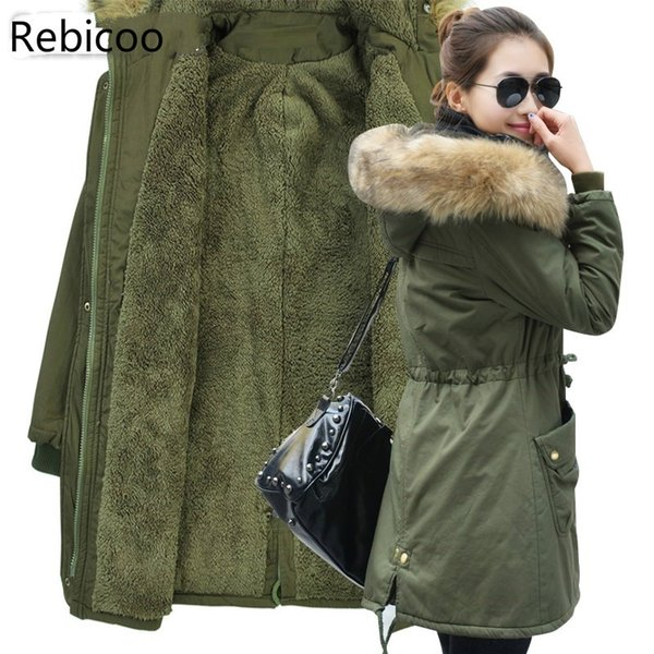 Moda autunno inverno caldo dei rivestimenti delle donne del collare della pelliccia lunga Parka Plus Size 4XL casual in cotone da donna Outwear Parka