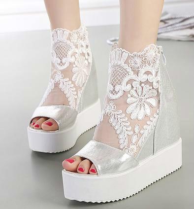 Il prezzo del pizzo sandali alti sandali con zeppa alta altezza aumentata scarpe da donna a punta aperta peep toe 2 colori da 35 a 39