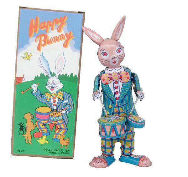 Classic collection Retro Clockwork happy bunny rabbit Wind up Metal Walking Tin play drum rabbit robot Mechanical toy baby gift