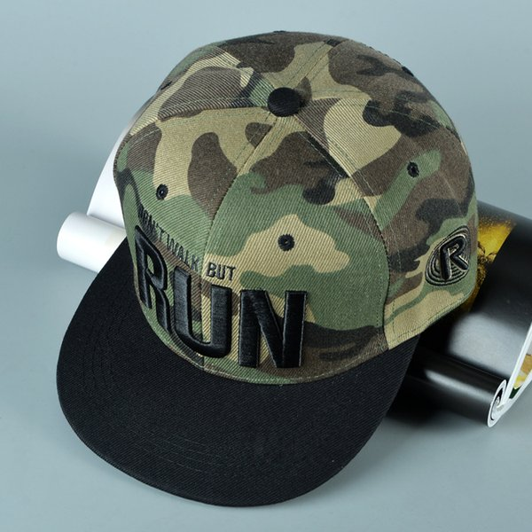 Дешевые бейсбольные кепки людей плоской крышки людей хип-хопа для продажи Шляпы на открытом воздухе Прохладный бейсболки Snapback Спортивные шапки Регулируемая шляпа Snapback