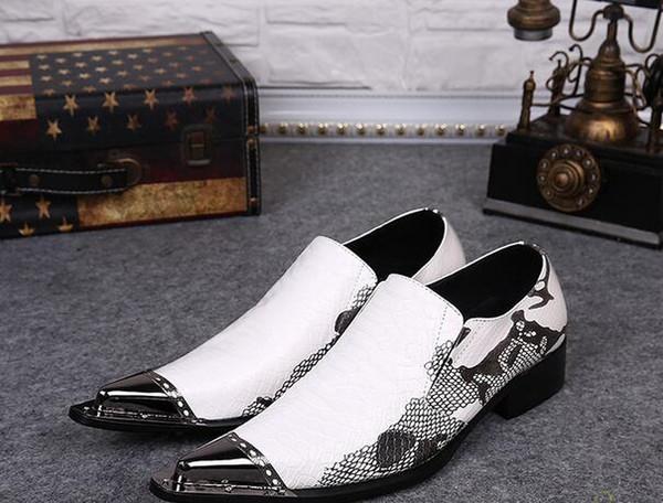 Großhandel Mode Männer Aus Echtem Leder Individuelle Schlange Trendy Schuhe Eisen Punkt Kleid Schuhe Verziert Spiked Nieten Kleid Party Hochzeit