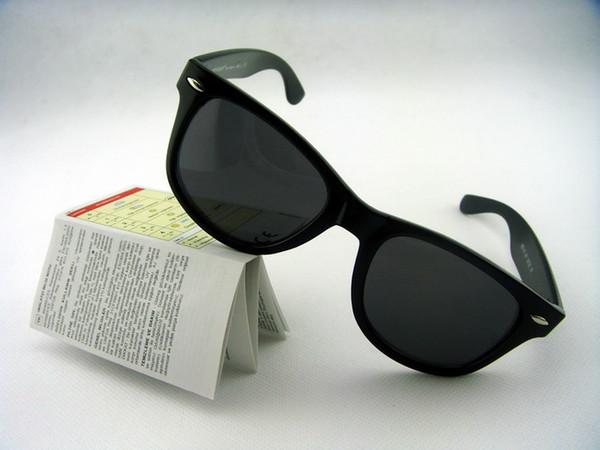 Gafas de sol de diseñador al por mayor-marca Gafas de hombre de alta calidad Gafas de sol de mujer Gafas de deporte al aire libre Unisex Gafas retro con caja y estuches