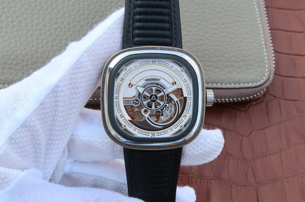 S2/01, an ordinary valve will change color with daily use.Leather watchband, men's watch, automatic movement, compact bottom