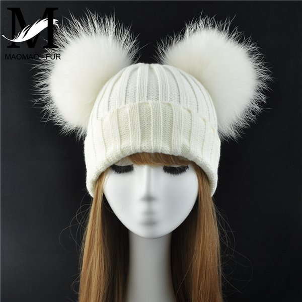 Winter Real Fur Ball Beanie Hat for Women Ladies Fluffy Double Natural Raccoon Fur Pom Pom Skullies Beanie Hat With 2 Fur Pompom S18120302