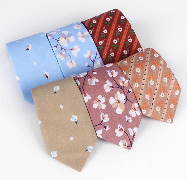Fornitura a punto per uomo di nuove cravatte stampate in cotone