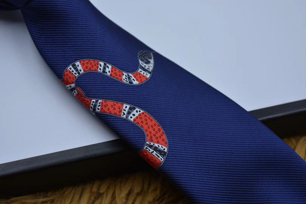 High-grade silk tie designer men's casual business tie fashionable little snake jacquard tie gift box package hot seller