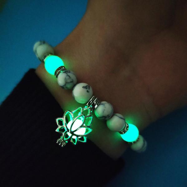 6 Styles Lumineux Fluorite Lotus Bracelets Bijoux Femmes 2019 Perles De Yoga Glow Dans Le Sombre Bracelet En Pierre Naturelle Charme Bracelet Cadeau M304F