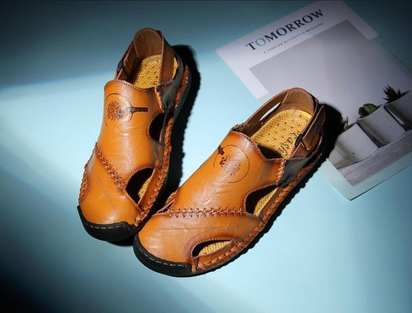 Summer new men's sandals trend Baotou Korean version of the beach cool shoes personality retro summer shoes teen