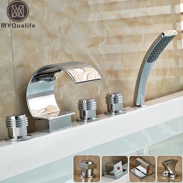 Chrom Badezimmer-Wasserfall-Wanne-Mischer-Hahn Set Deck montiert mit Handbrause 3 Griffe verbreitet Badewanne Taps