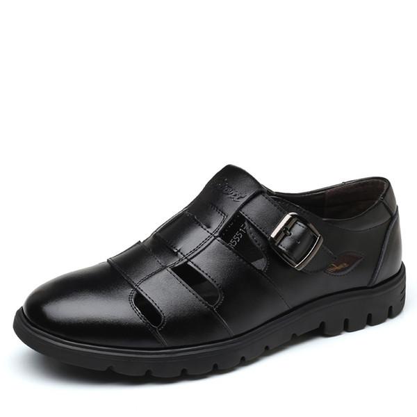 Verano Afuera Sólido Agujero hueco de los hombres Respirable Casual Tendencia Conjunto de pies Zapatos frescos Cómodos talón plano Altura 22 de abril