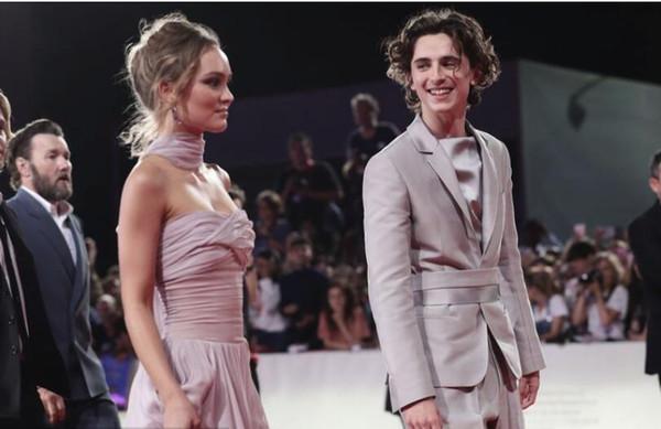 Lily Rose Depp Neue Königin des Roten Teppichs Celebrity Kleider Elegant Trägerlos A Line Abendkleider Formelle Festzugskleider