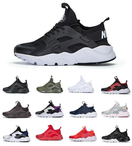 lüksbalenciagaTriple S YÜKSEK Kalite 2020 Hava Huarache 4 Yarış Erkekler Spor Ayakkabıları Ucuz Chaussures Huarache Ultra Üçlü Kadınlar Siyah