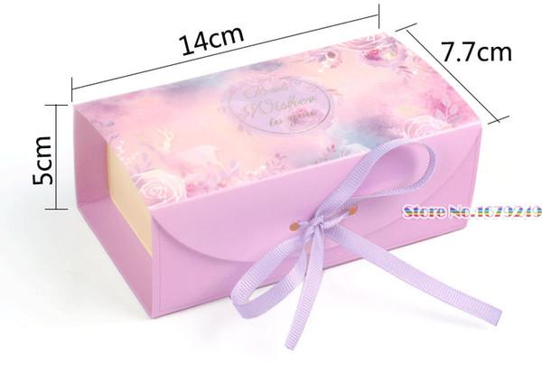 14x7.7x5cmCaja de regalo de papel de encaje rosa caramelo, cajas de dulces Favores de boda Caja de papel de regalo de matrimonio romántico Decoración de fiesta 100pcs / lot
