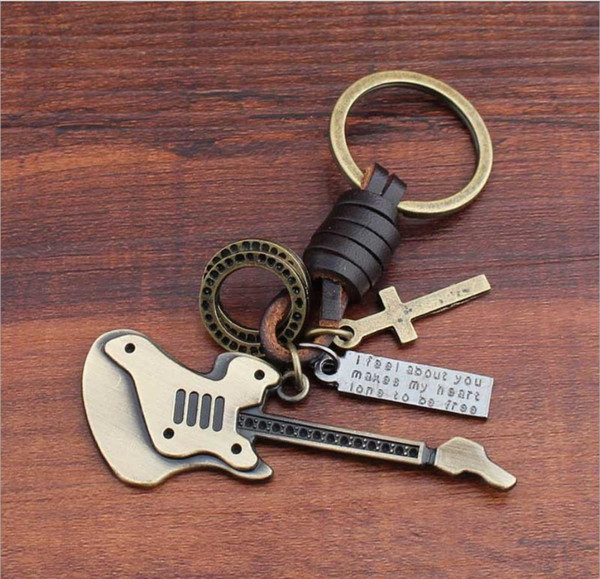 2019 Unique Design Vintage Handmade Leather Keychain Piano Pendant Fashion Creative Keychain with Copper Alloy Wholesale