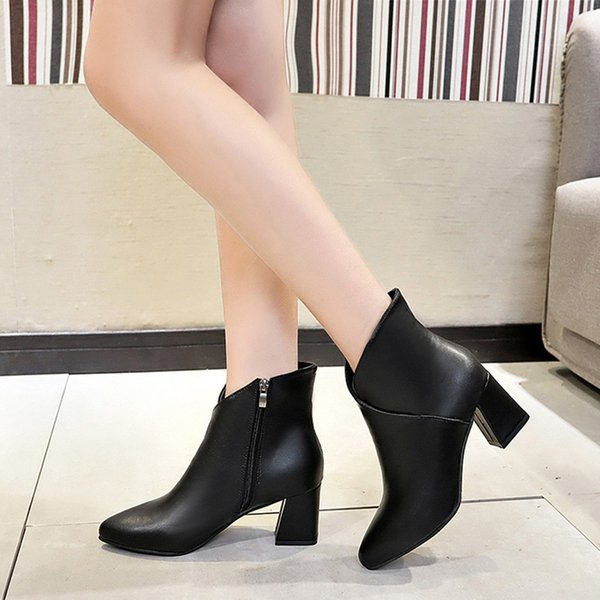 2019 Mulheres de neve botas de salto alto Calçados Martain Bota Hot Sexy Zipper Shoes Senhora Calçado Vintage Leather Sólidos PointedToe Cor