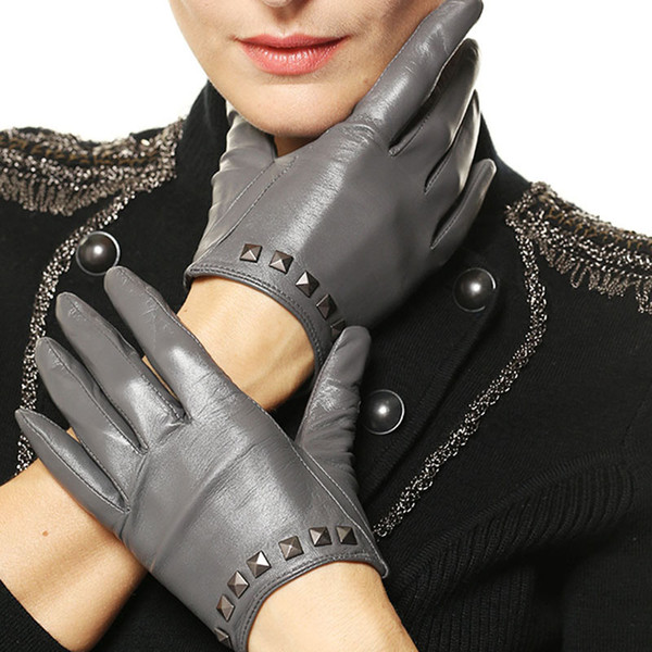 Genuine Leather Women Gloves Punk Rivet Fashion Trend Lady Five Fingers Sheepskin Glove Casual Driving Leather Gloves L096NN
