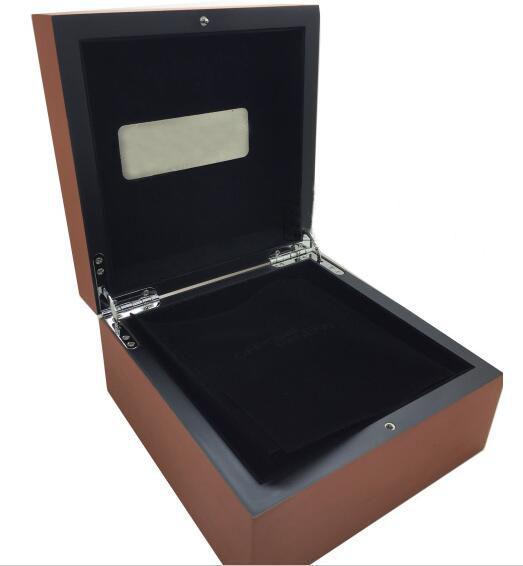 Proveedor de fábrica al por mayor para hombre para caja de reloj Original de madera interior exterior para mujer Relojes Cajas Papeles Reloj de pulsera