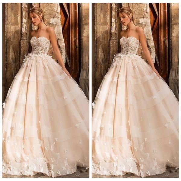 Princesse Dentelle Appliques A-ligne Robes De Mariée Avec Papillon Orné Robes De Mariée Sweetheart Robe De Mariée De Mariage 2019 Custom Formal
