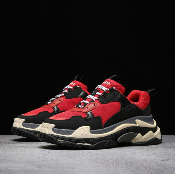 2019 Multi Fashion Triple S femmes chaussures hommes Vintage Kanye West Vieux Grand-père Trainer Sneaker chaussures de plein air