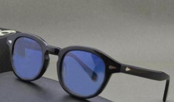 Siyah çerçeve koyu mavi lens