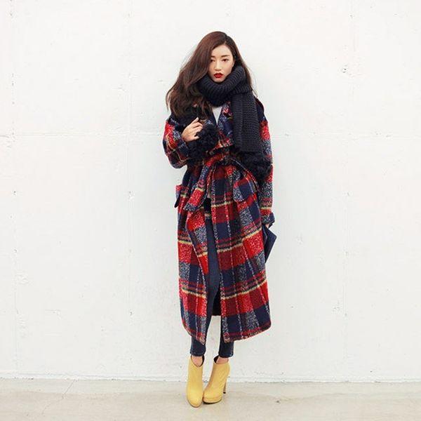 new uk high fashion runway 2019 fall / winter women oversized casual wool plaid loose maxi long coat female outerwear