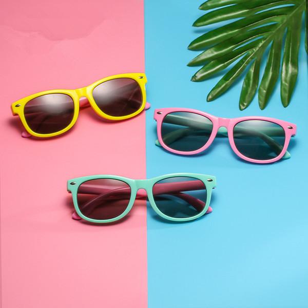 Art und Weise scherzt polarisierte Sonnenbrille Süßigkeit färbt Full Frame-Jungen-Mädchen-Gläser im Freien Spielraum Camping Strand Brillen TTA-1058