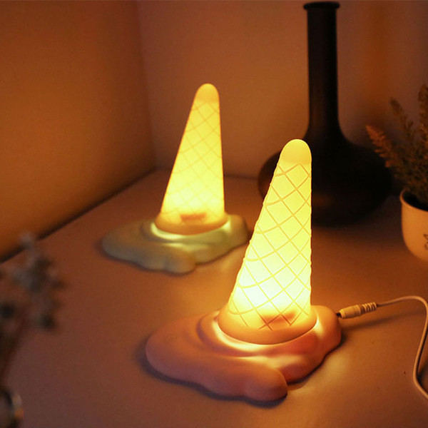 Großhandel Neuheit Eistüte USB LED Nachtlicht Kreative Note Mini Tischlampe Nette Baby Mädchen Jungen Bett Lichter Baby Fütterung Lampe