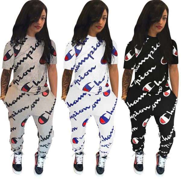 Champion femmes designer survêtement à manches courtes tenues chemise pantalon ensemble 2 pièces maigre chemise collants courts costume de sport pull pantalon klw0944