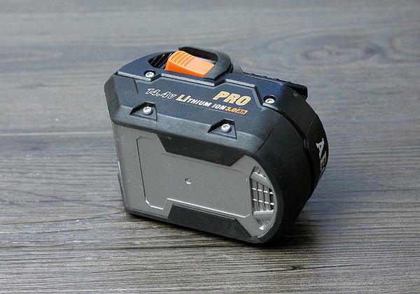 Batteria al litio ricaricabile AEG RIDGID 14,4 V batteria elettrica originale 1.5 / 2.0Ah (prodotti usati)