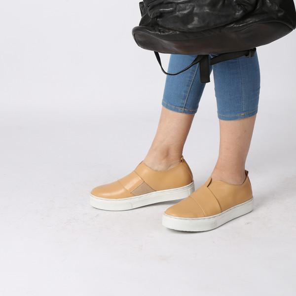 tamaño 039 Nueva temporada Zapatos Designerwesr Moda Zapatos de lujo Zapatos con cordones de cuero para hombres Plataformas de gran tamaño Suela Zapatillas blancas y negras Zapatos casuales