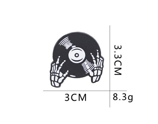 2019 New DJ Disc Pins Musikliebhaber Brosche Heavy Metal Emaille Geste DJing Broschen Gothic Schädel Revers Pin Badge Button für Mantel Rucksack 177